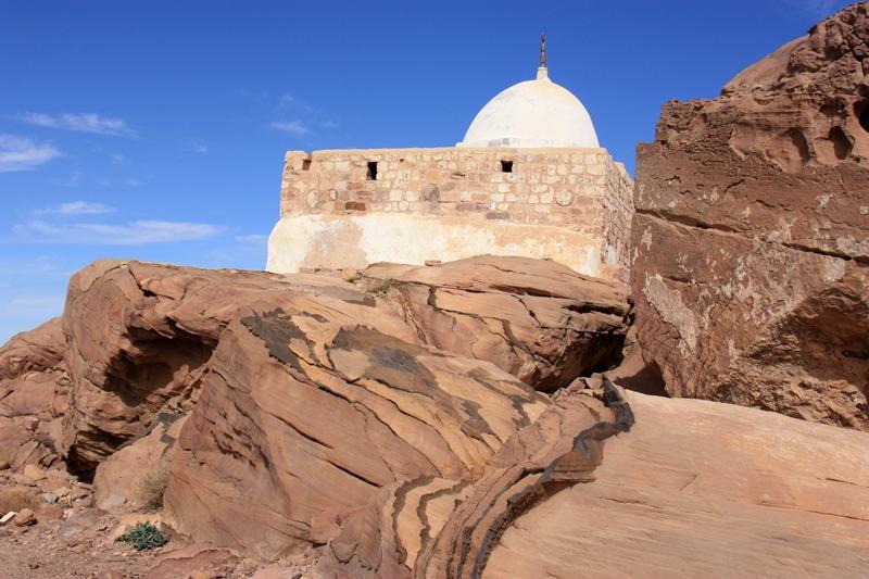 Mausolée au sommet du Djebel Haroun